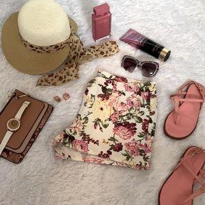 Floral Print  Women Shorts
